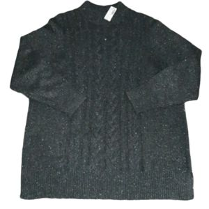 New with tags Reitman's grey glitter sweater